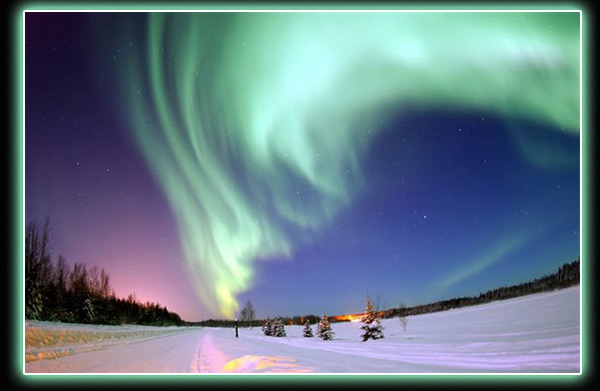See the Northern Lights in March 2010. Tromsø where we are staying is situated right in the centre of the Northern Lights zone and is, therefore, together with the interior ice in Greenland the tundra in northern Canada, among the best places on earth to observe this phenomenon. Most of the Northern Lights outbursts visible from Tromsø are green, but large outbursts can also include other colours